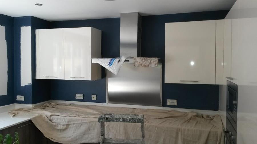 Liphook professional painter and decorator for Professional decorator